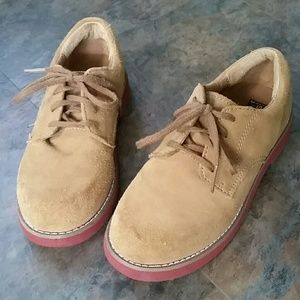 Size 1-1/2 boy Sperry shoes